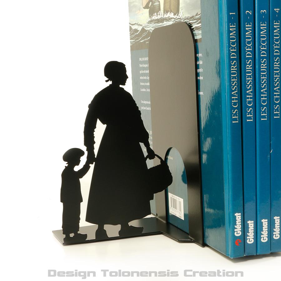 Projet de serre-livres sur le thème de la bande dessinée Chasseurs d'écume - Modèle gauche